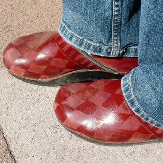 porcelain-shoes.JPG