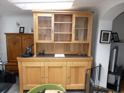 Search for Suitable Solid Wood Furniture, Fittings and Timber That Suits Your Design