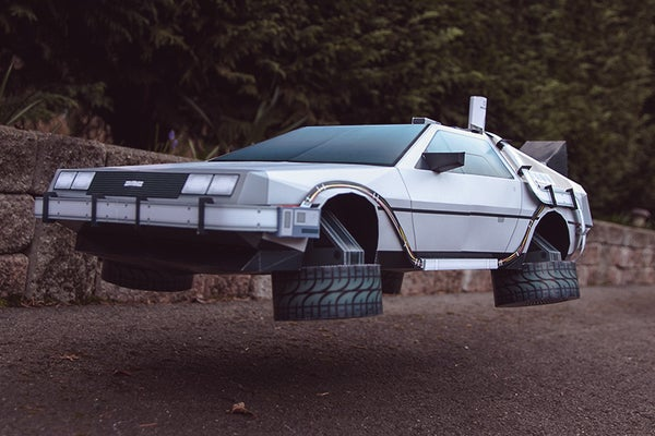 DeLorean BTTF Inspired Papercraft