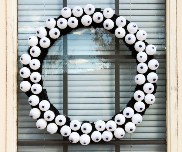 Halloween Eyeball Wreath