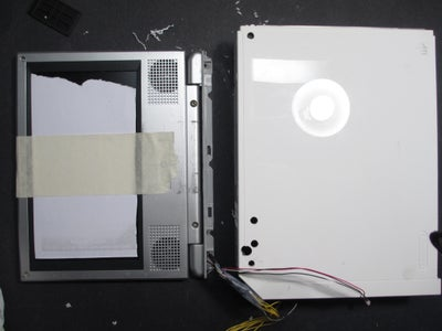 Attaching the Screen and Reassembling the Wii