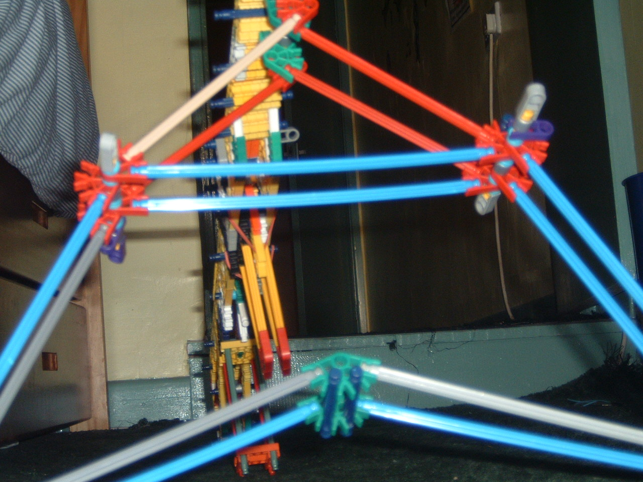 Picture of How to Make a Knex Rifle Bipod