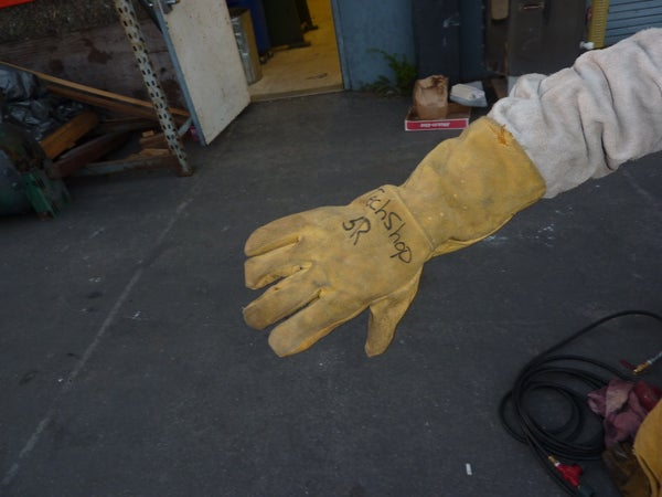 How to Use Proper Protection Gear for Metal Casting