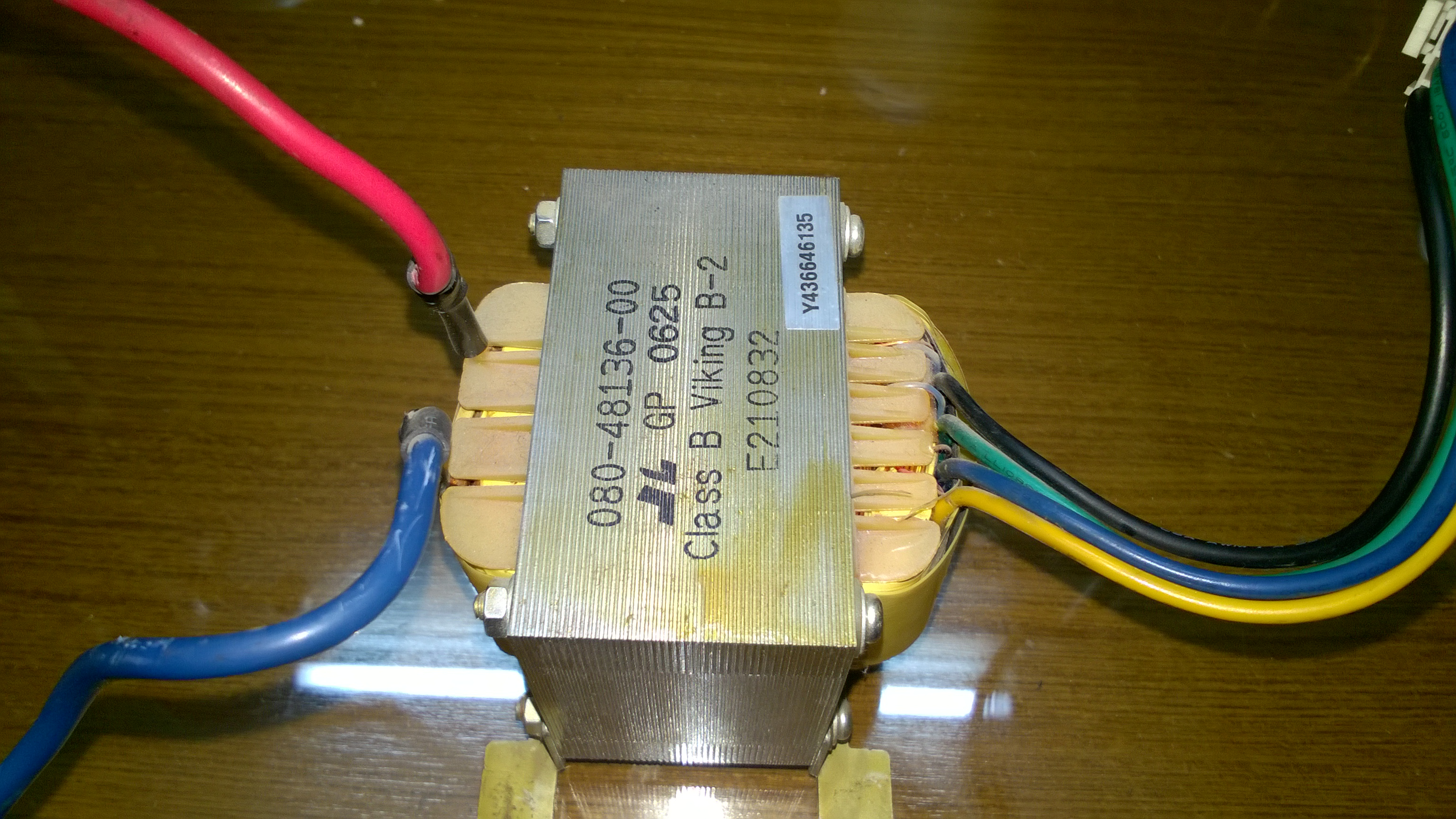 Picture of help me out to get 12V output from this UPS transformer (600VA)(240Vac)?