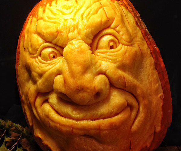 How to Carve a Realistic Face on a Pumpkin