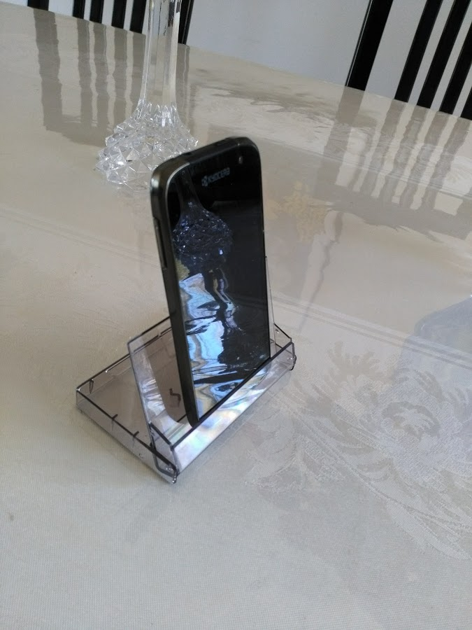 Picture of Easiest Ever Phone Stand