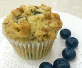 Buttery Blueberry Streusel Muffins