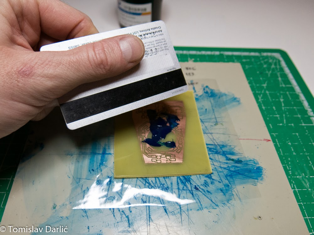 Picture of Pasting Solder Resist Paint