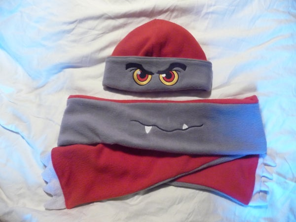 Reversible Monster Tuque & Scarf Set
