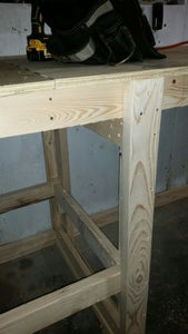 Middle Leg and Shelf Support