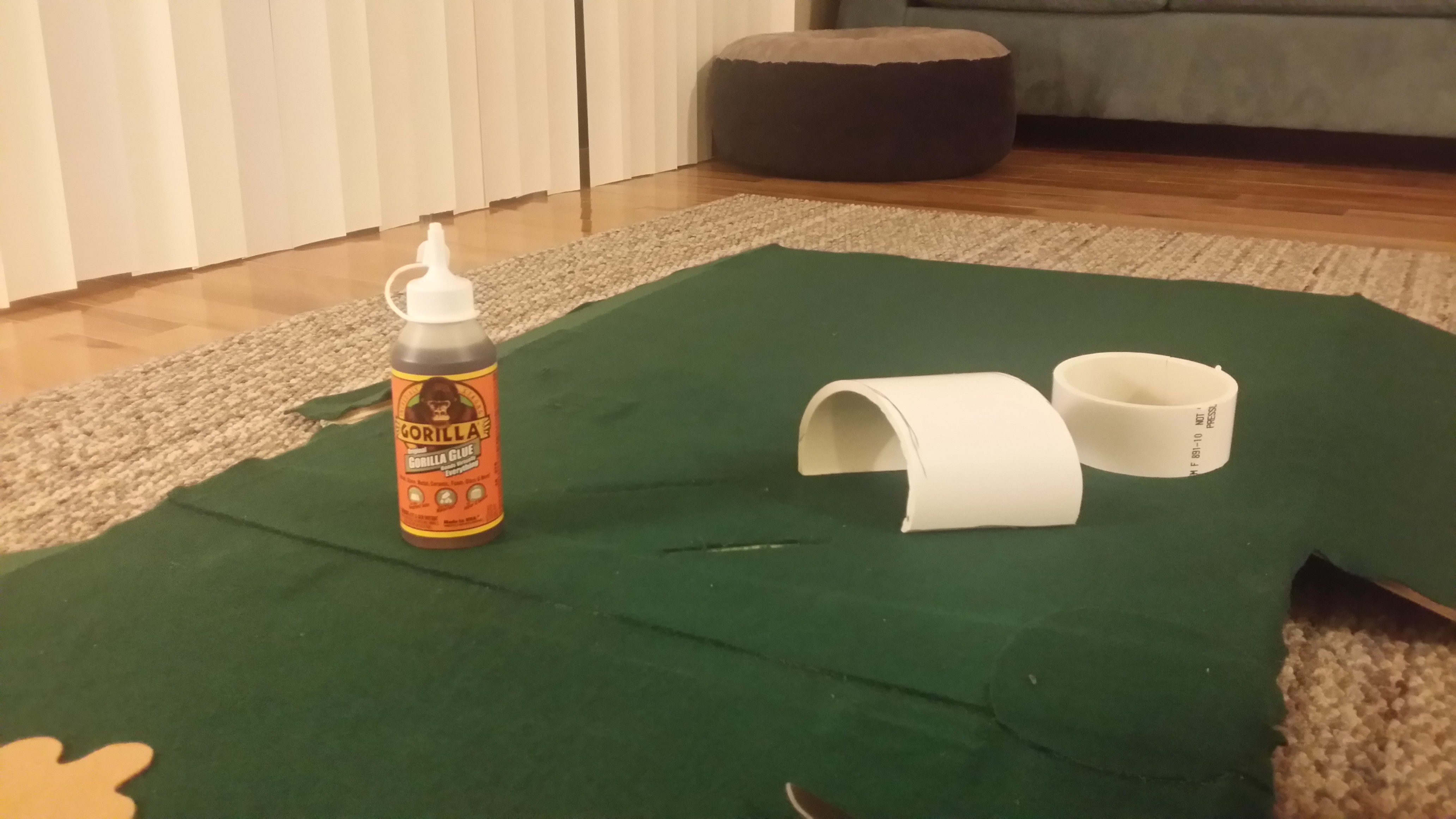 Picture of Dry Fit the Tunnel/bridge and Glue the Felt