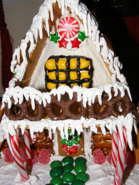 Picture of Gingerbread A-Frame Ski House