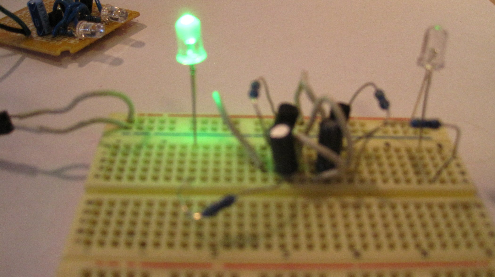 Two Transistor Led Flasher Circuit 5 Steps 555 One Blinking 1