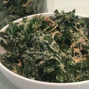 Kale Chips: Sour Cream and Onion Flavor