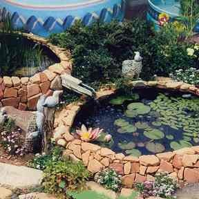 fountains-ponds-large cropped.jpg