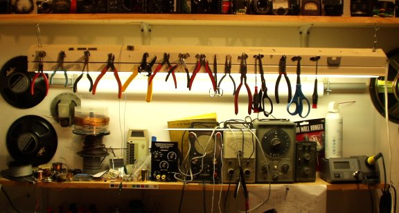 Picture of Overhead Tool Storage