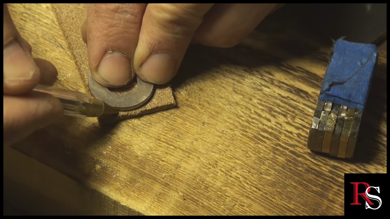 Picture of Shaping the Leather