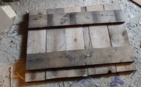 Splitting the Pallet/racking Then Cutting to Size to Screw Together
