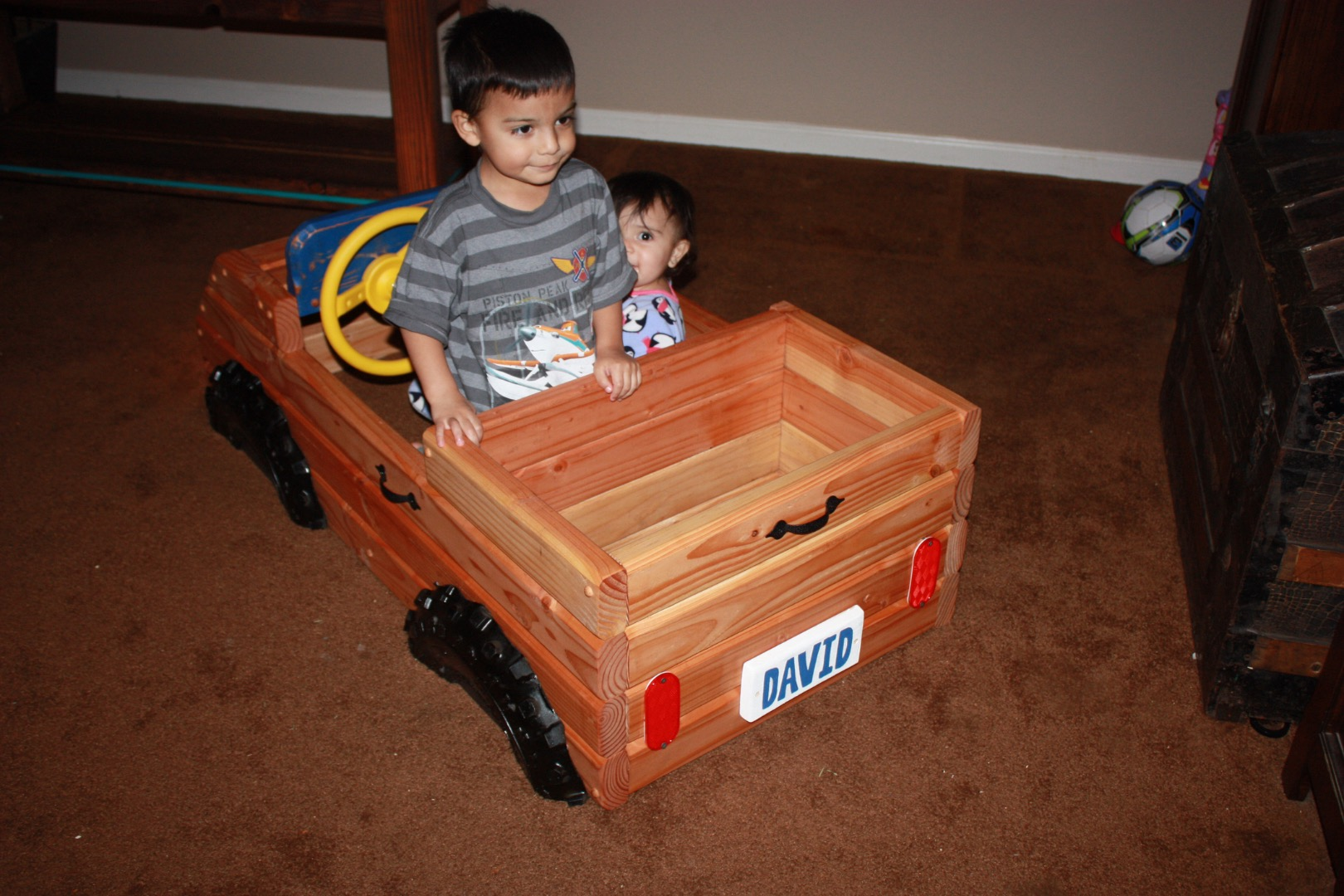 Picture of Toy Box / Truck Combo 2x4