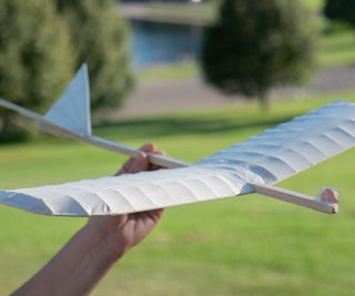 Build a Da Vinci Inspired Flying Machine (Glider) With Simple Supplies