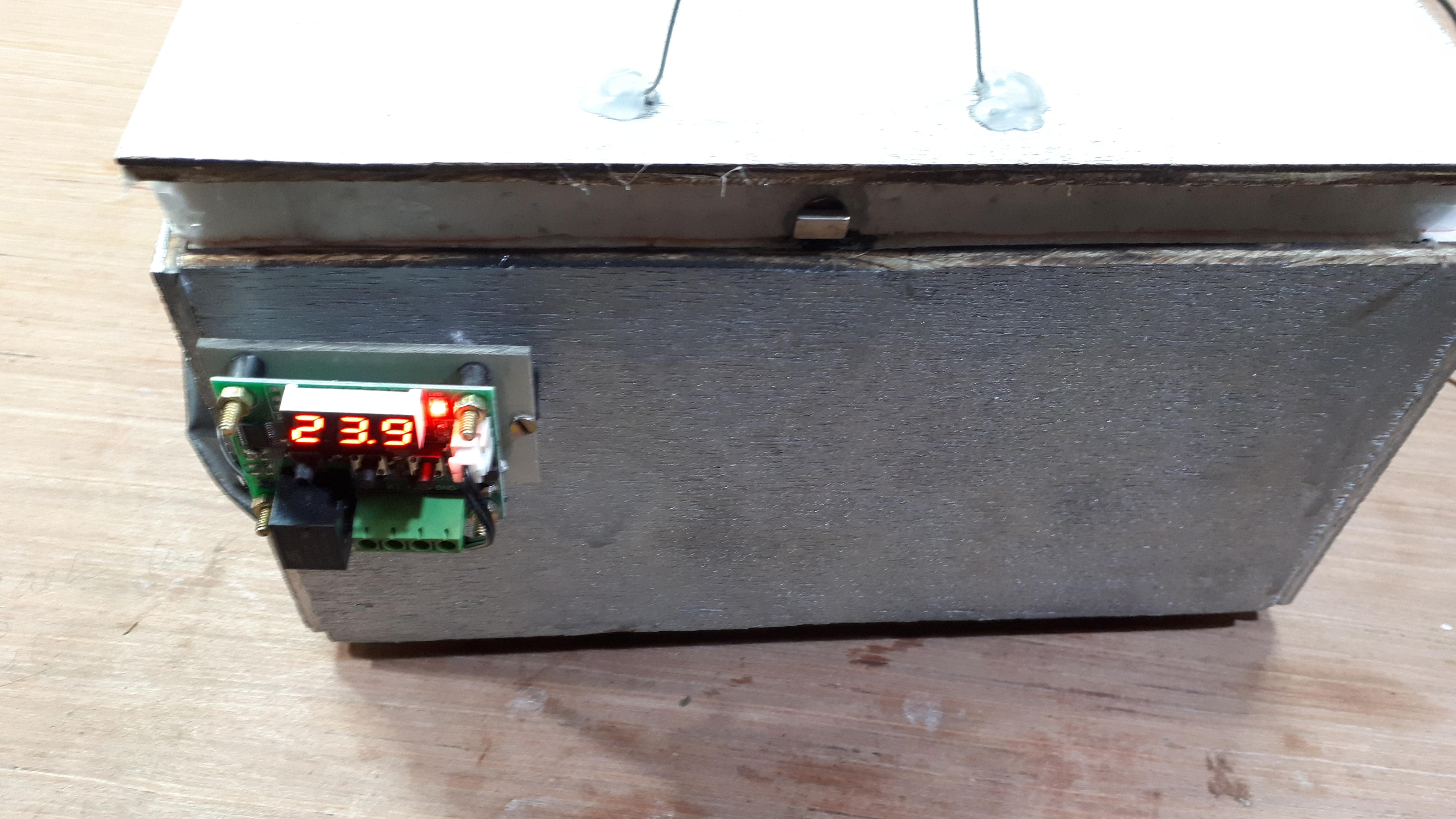 Picture of Temperature Controller