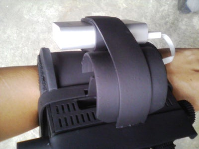 Mount the Pi on the Arm Holder