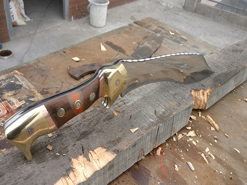Picture of Making Kukri Style Bowie Knife