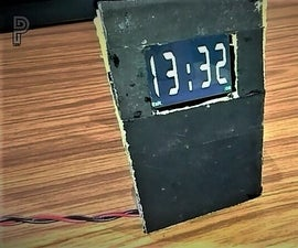 How to Make a Very Simple DIGITAL CLOCK Out of Old Mobile Phone.