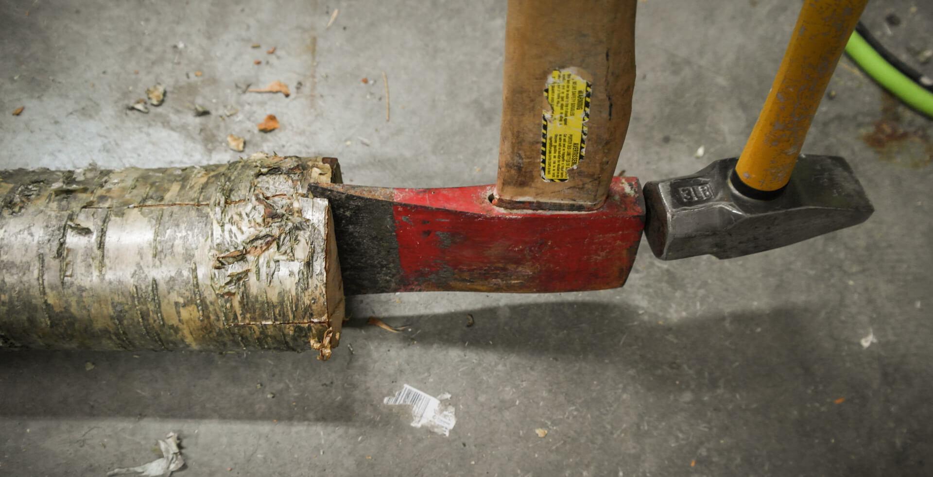 Picture of Log-splitting