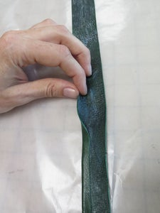 Glue the Underbust Strap