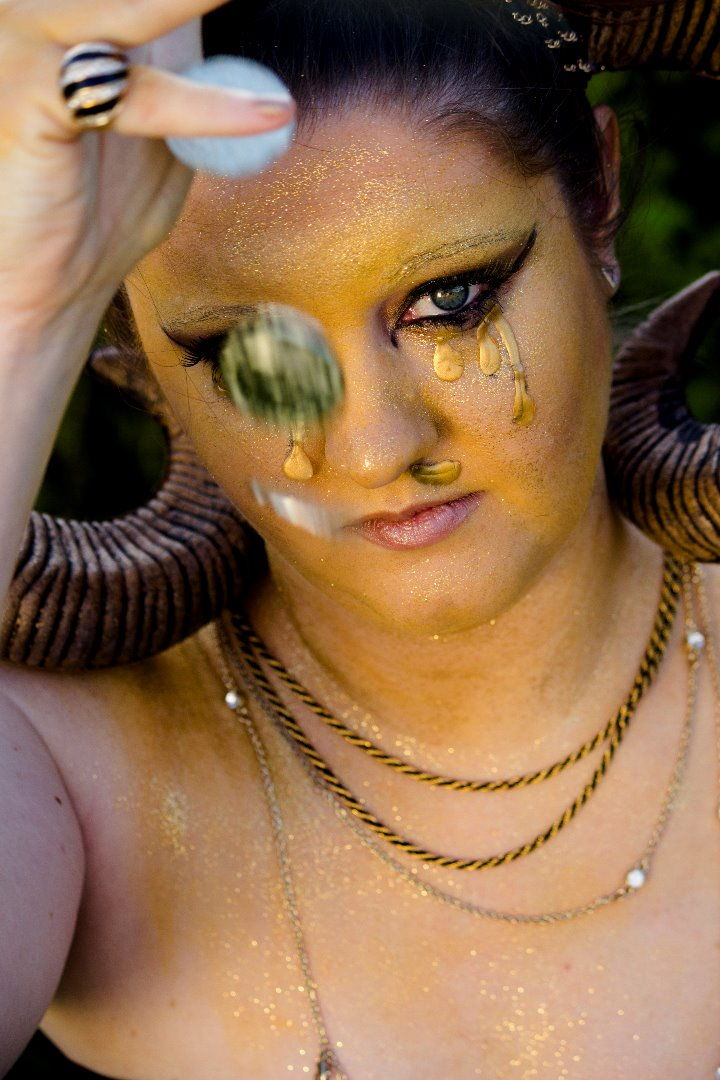 Picture of Seven Deadly SIns: Greed Makeup Tutorial