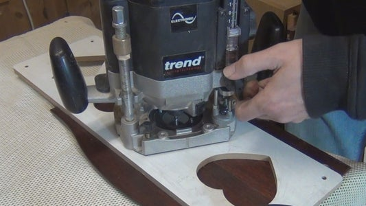 Routing the Inlay Pocket