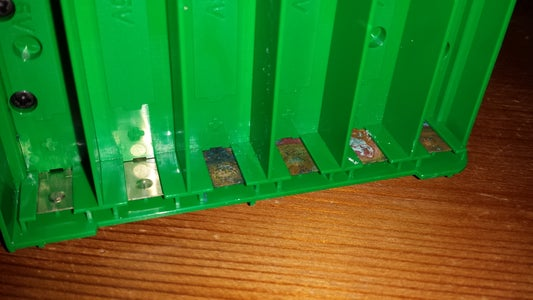 Restoring Corroded Battery Contacts