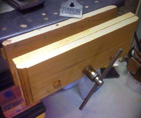 Workbench Vise From Reclaimed Scissor Jack