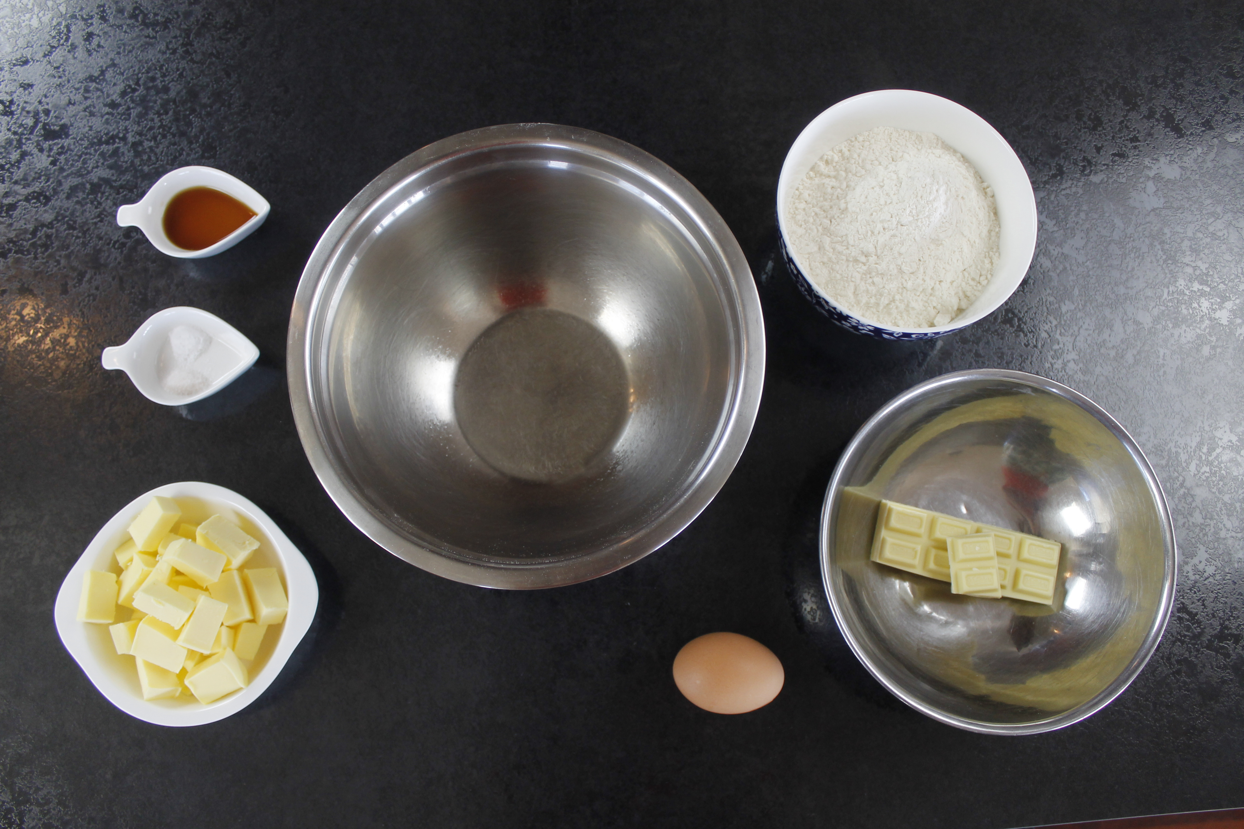 Picture of Ingredients for White Chocolate and Vanilla
