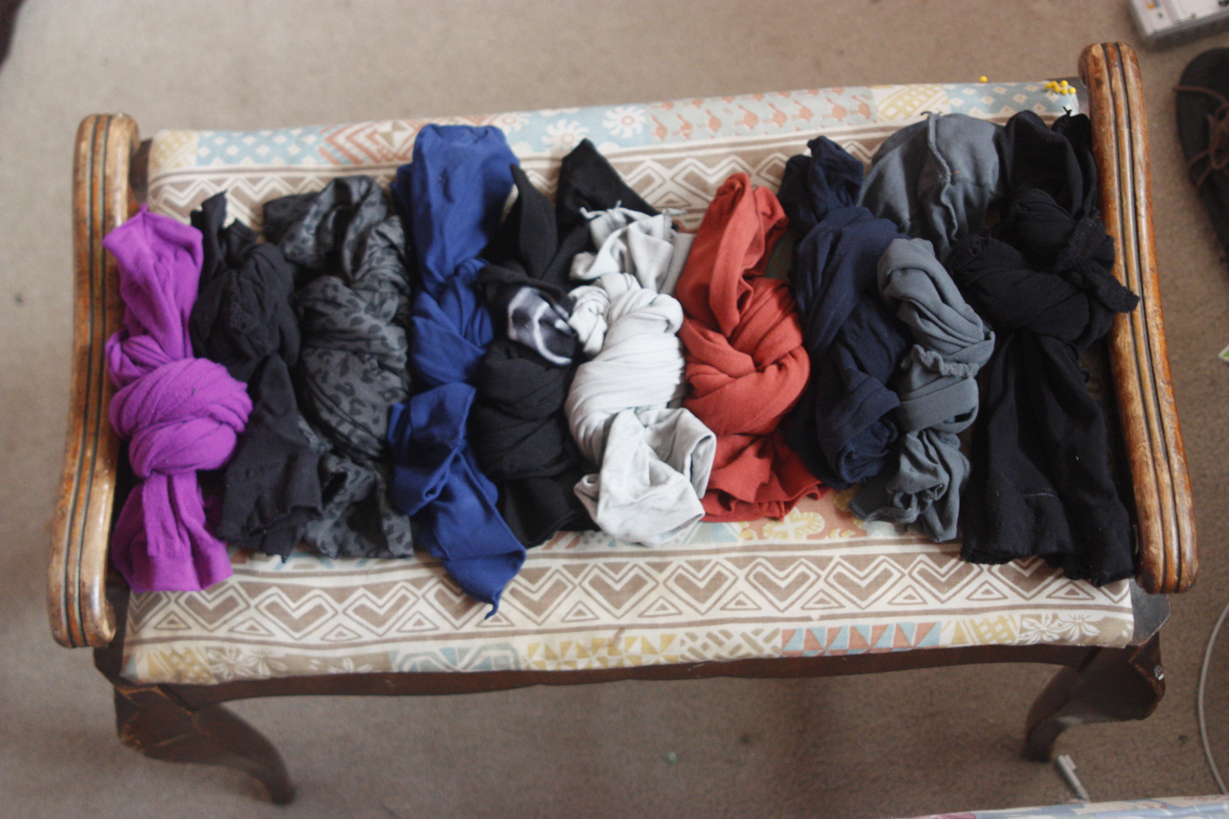 Picture of How to Store Tights and Stockings by Tying Them Into Simple Knots