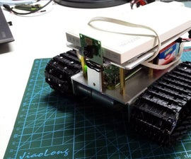 Raspberry Tank With Web Interface and Video Streaming