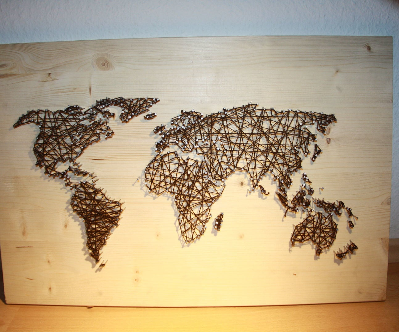 String and Nail Art `World Map´: 6 Steps (with Pictures)