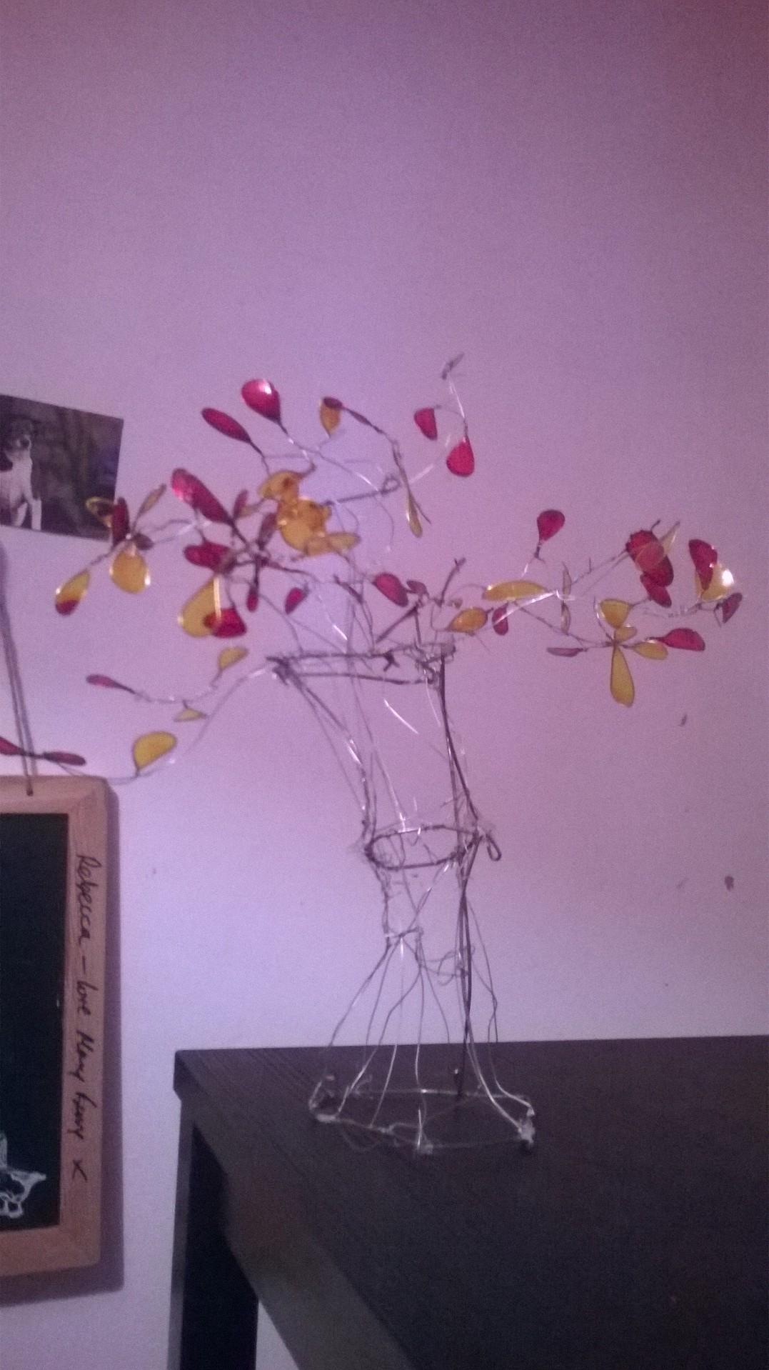 Picture of Wire Fantasy Fim Tree