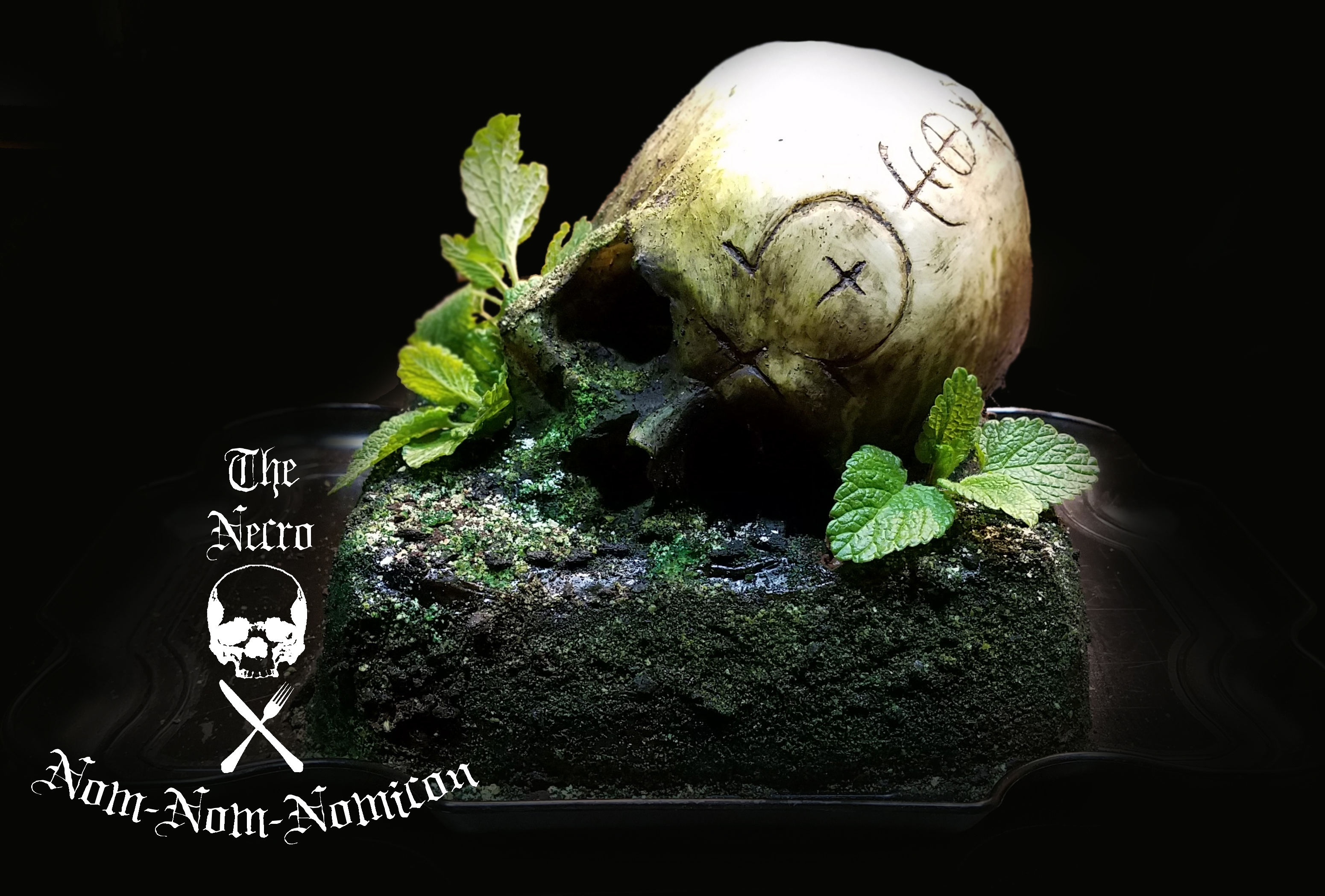 Picture of Mossy Skull Cake
