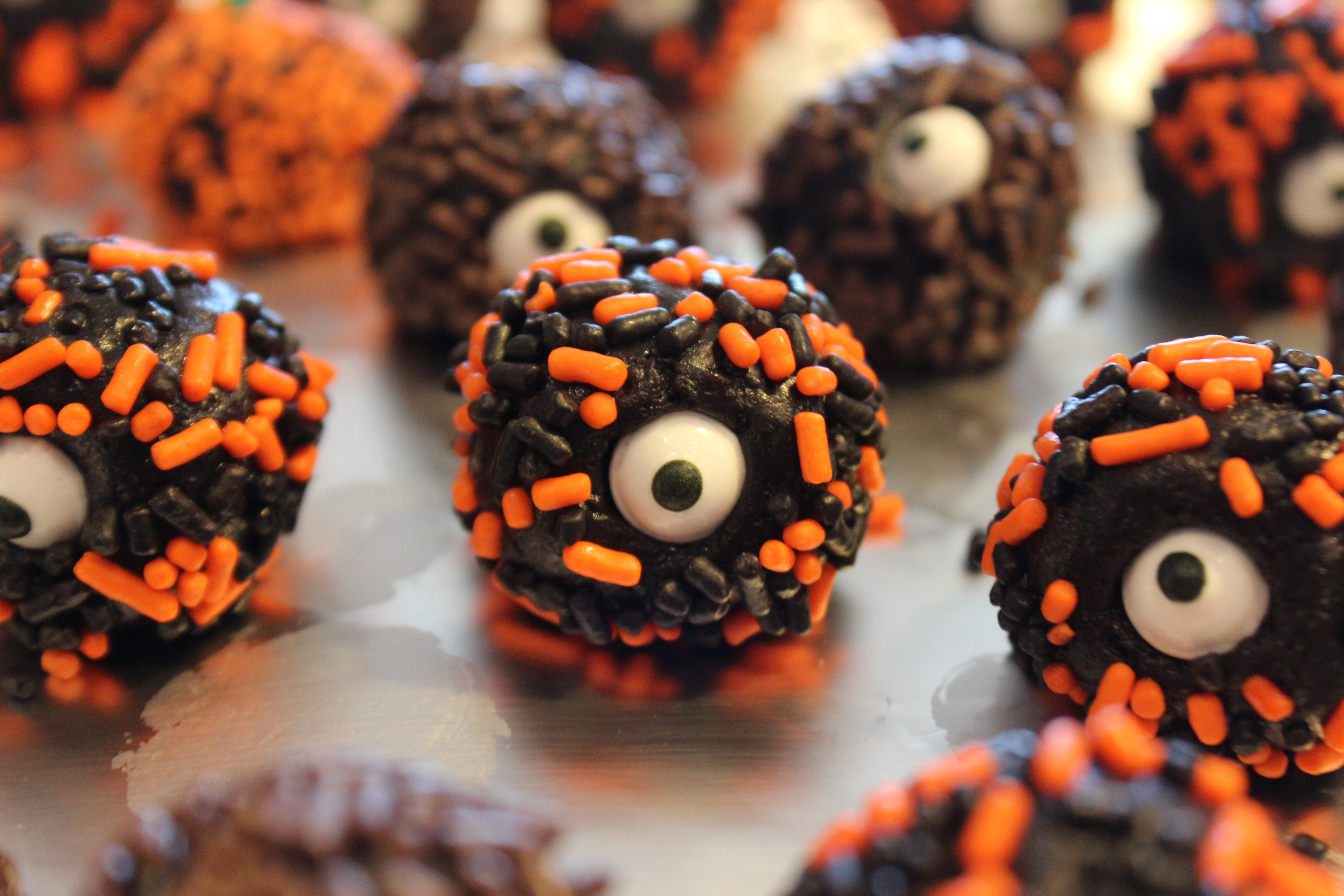 Picture of One Eyed Sticky Chocolate Balls