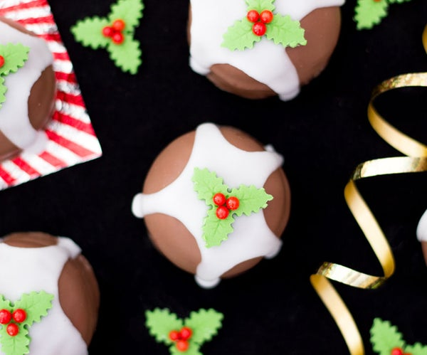 How to Make Christmas Pud Teacakes