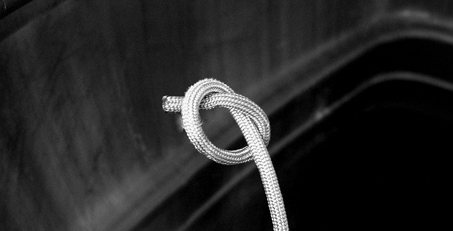 Picture of Tie a Stopper Knot