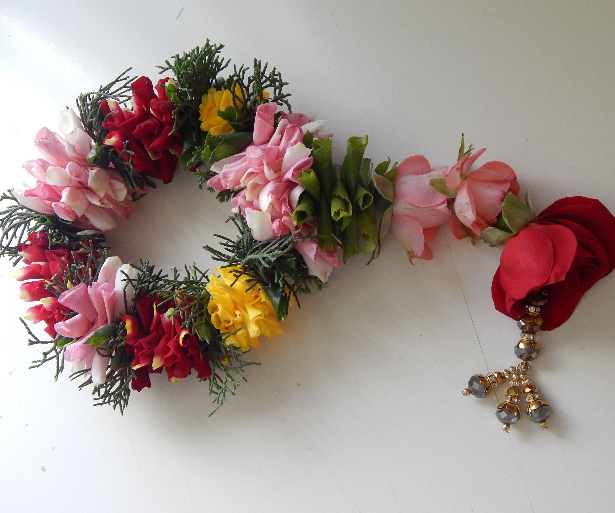 How To Make A Garland With Rose Petals 7 Steps With Pictures