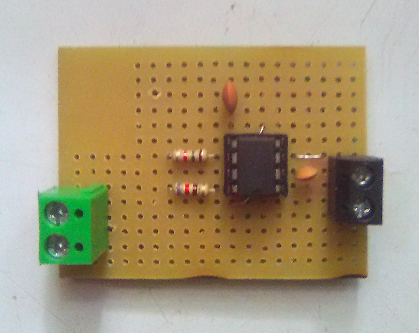 Picture of Assembling the Oscillator Circuit in a PCB