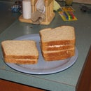 [Collegiate Meals] Bachelor Tunasalad Sandwich