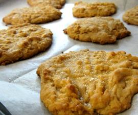 No Fuss Peanut Butter Cookies!