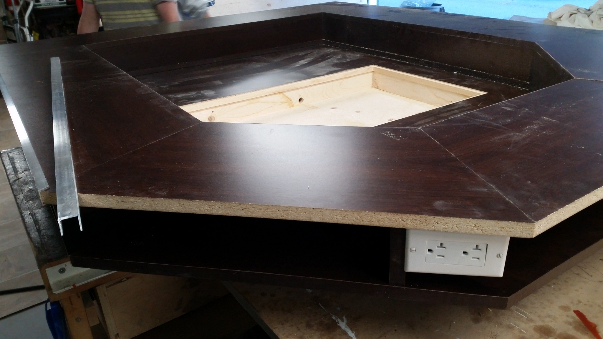 Picture of Made Box for TV/Monitor