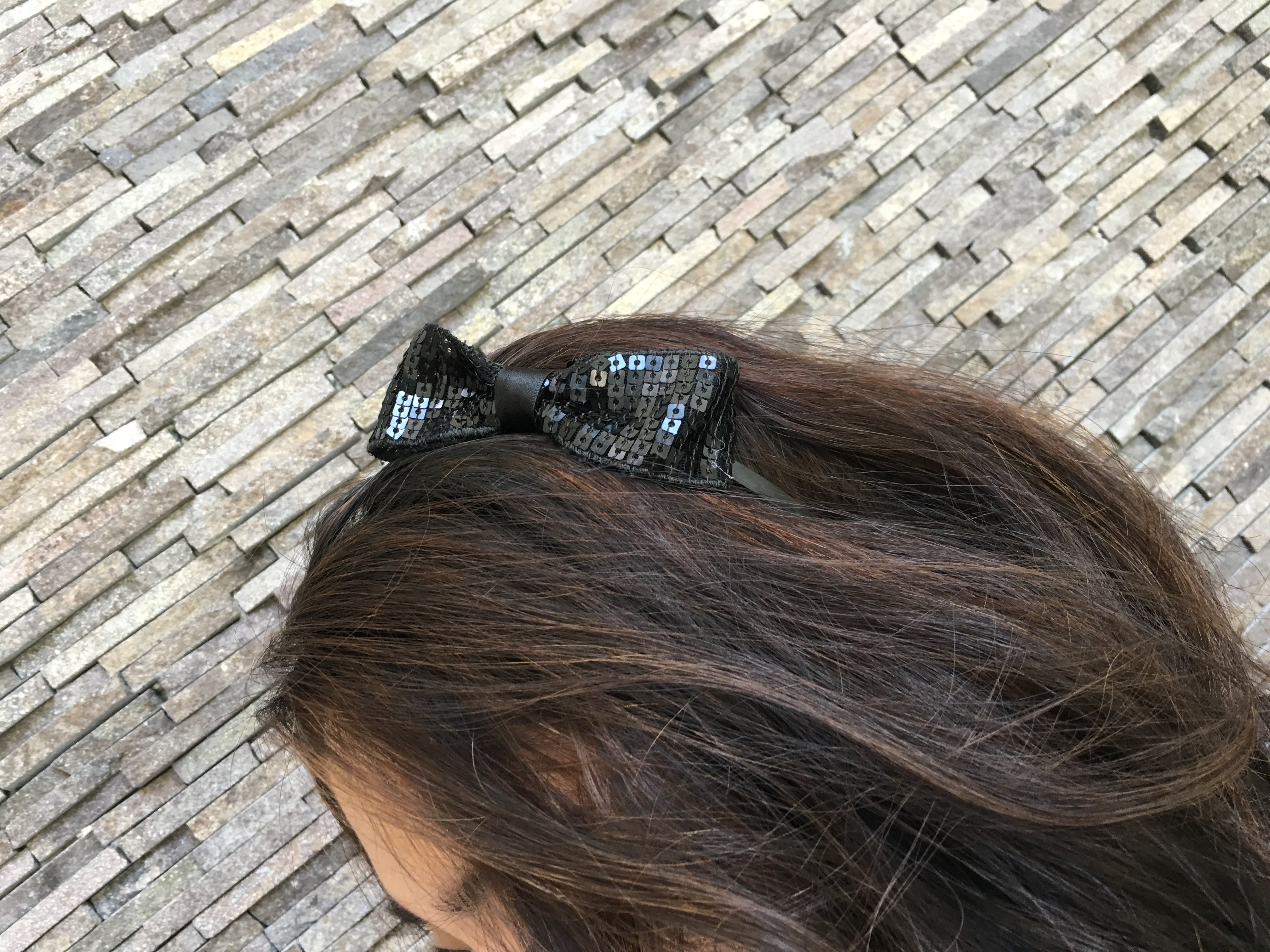 Picture of Glue Bow Sides to Headband