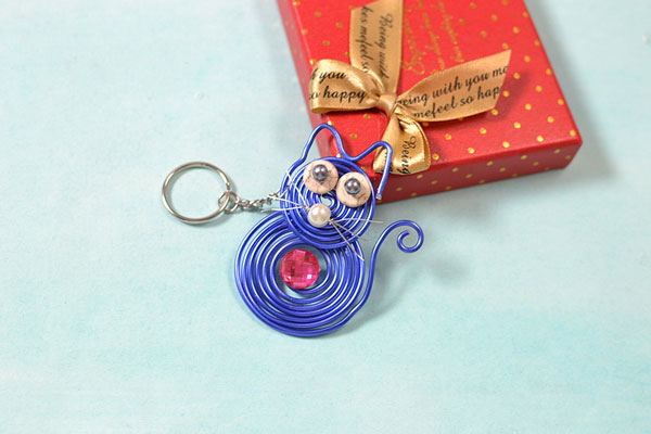 Picture of After You Have Done All the Steps Above, You Will Finish the Cute Cat Key Chain Like This: